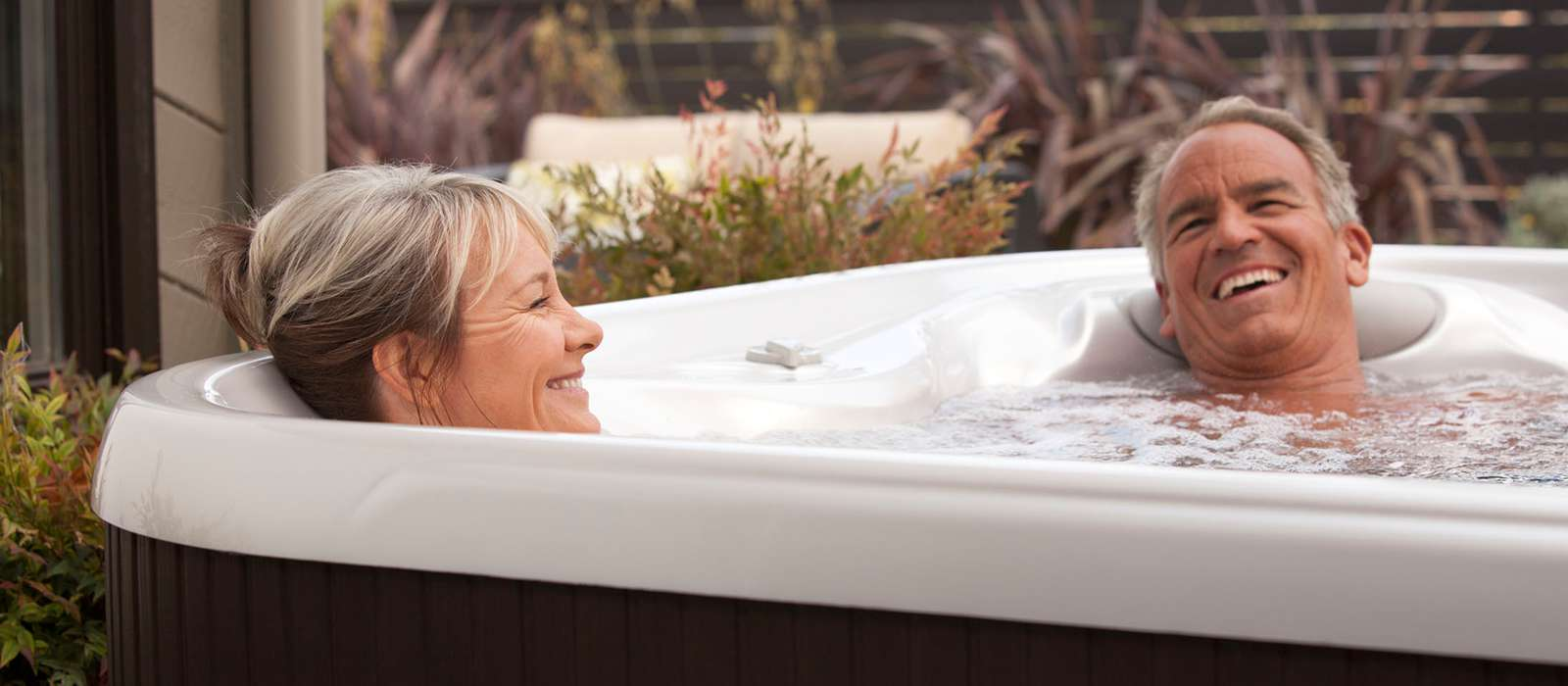 Hot Spring-Hot Spot-2013-TX-Lifestyle-Older Couple-01